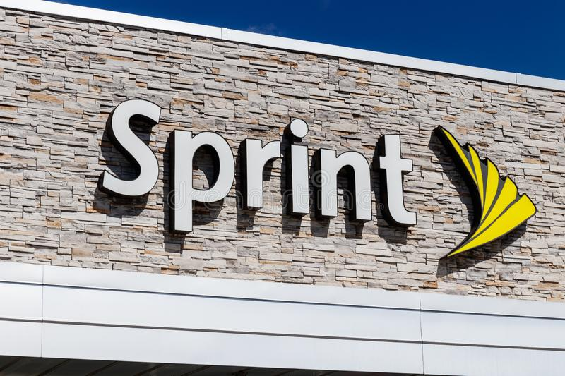 Indianapolis - Circa March 2019: Sprint Retail Wireless Store. Sprint is a Subsidiary of Japan`s SoftBank Group Corporation I. Sprint Retail Wireless Store stock photography