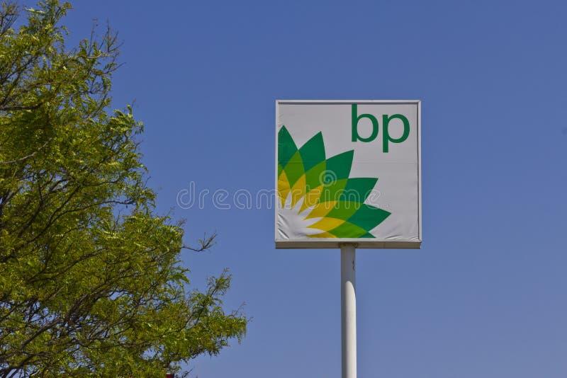 Indianapolis - Circa Mei 2016: Kleinhandelsbenzinestation II van BP stock afbeeldingen