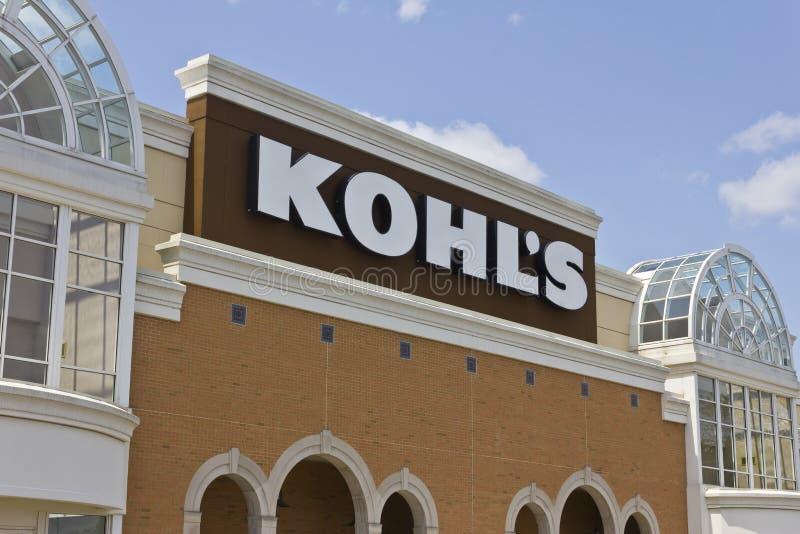 Indianapolis - Circa Mei 2016: Kohl Detailhandelplaats I stock fotografie