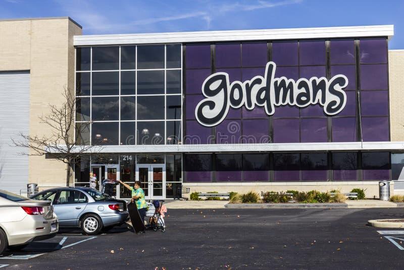 Indianapolis - Circa November 2016: Gordmans Retail Strip Mall Location. Gordmans is a chain of department stores II. Gordmans Retail Strip Mall Location stock photos
