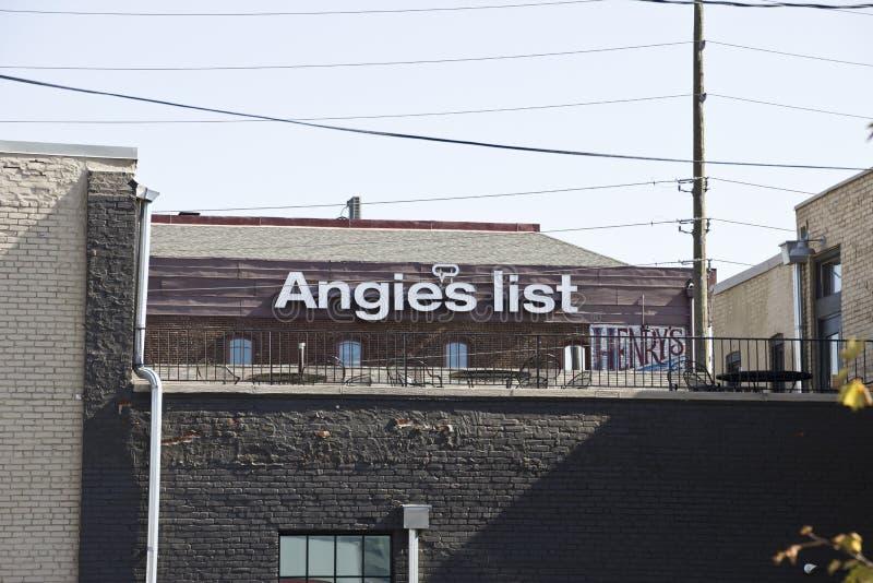 INDIANAPOLIS - CIRCA OCTUBRE DE 2015: Oficina corporativa y jefaturas de la lista de Angie II fotografía de archivo libre de regalías