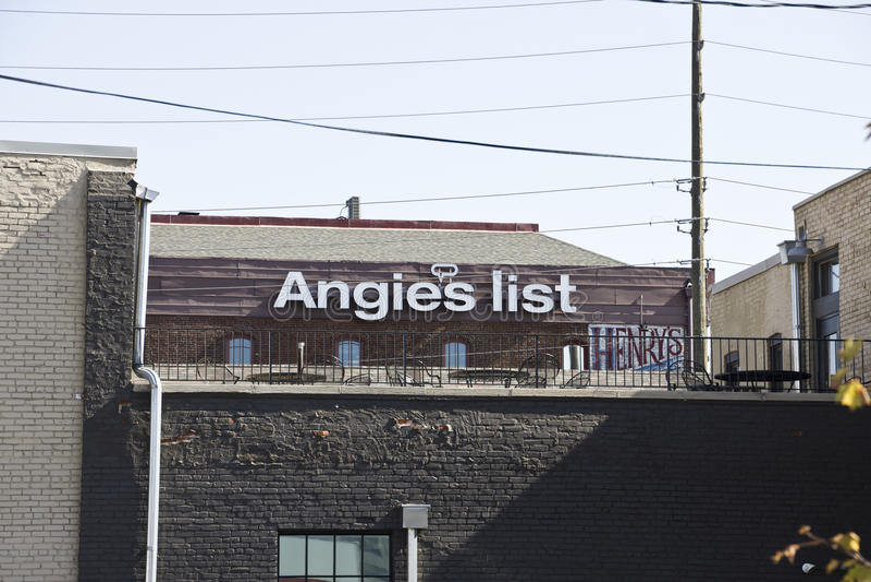 INDIANAPOLIS - CIRCA OTTOBRE 2015: Ufficio corporativo e sedi della lista di Angie II fotografia stock libera da diritti