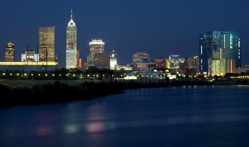 Indianapolis, Indiana (noite) foto de stock