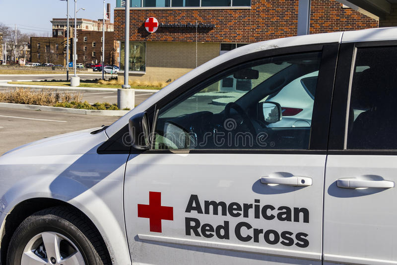 Indianapolis - Około Luty 2017: Amerykański czerwony krzyż pomocy ofiarom klęsk HQ Amerykański czerwony krzyż zapewnia przeciwawa obrazy stock