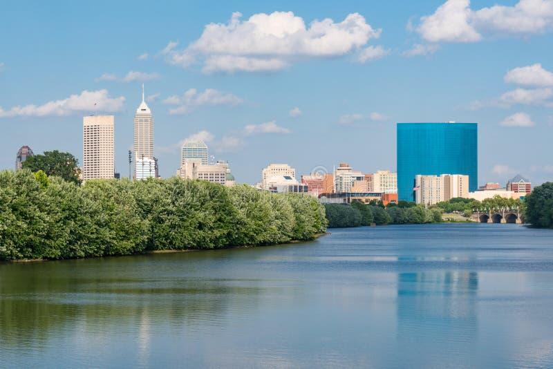 Indianapolis-Stadt-Skyline lizenzfreies stockfoto