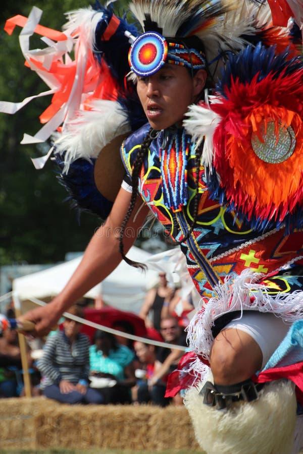 Indiandansare på pow-överraskar royaltyfria foton
