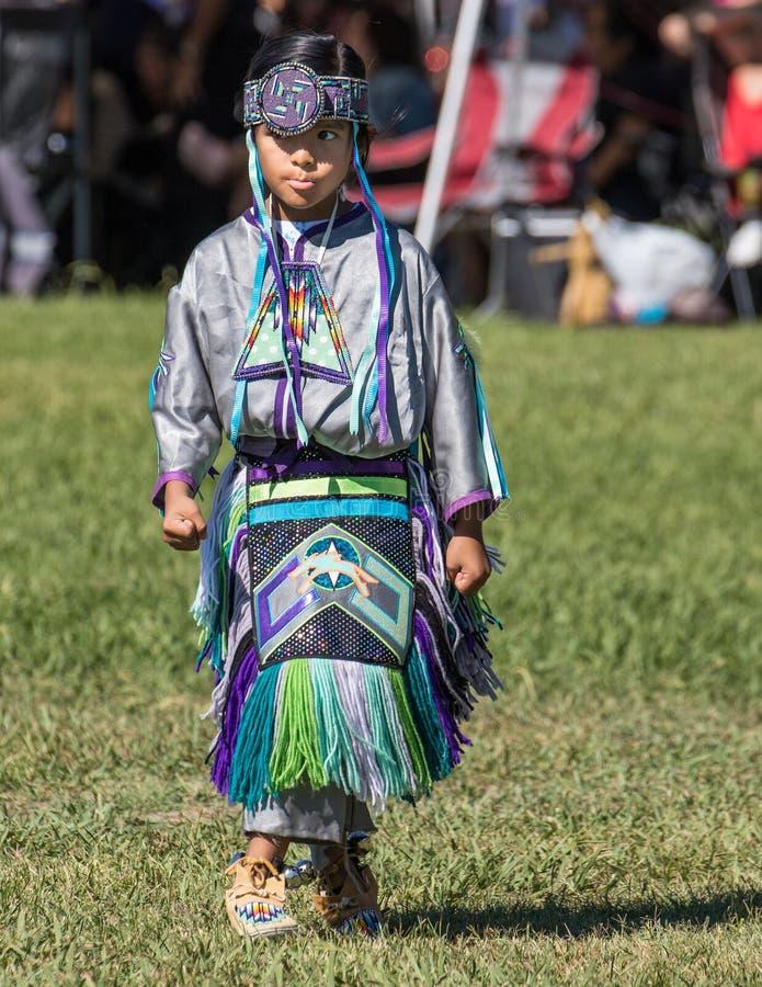 Indiandansare Performs arkivfoto