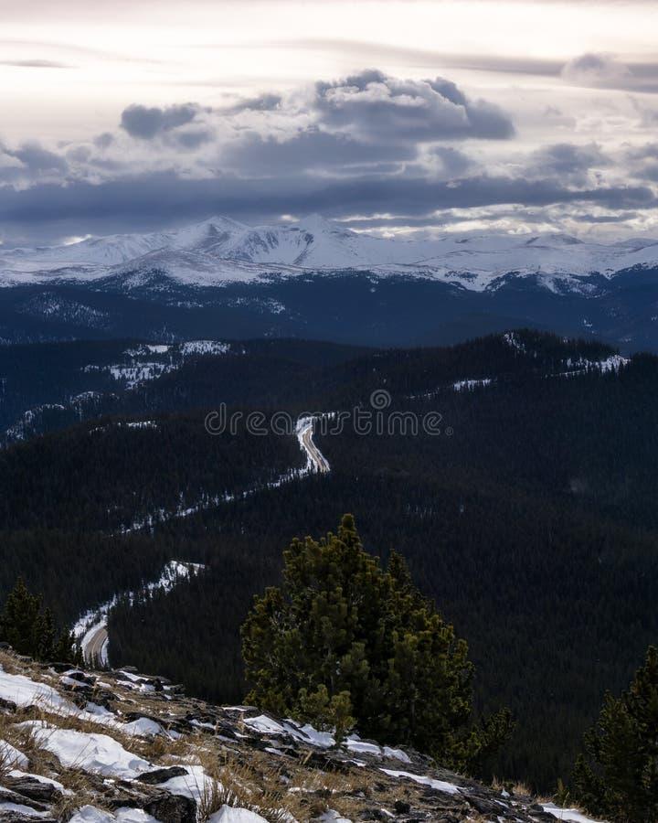 Indianerin-Durchlauf-Straße - Colorado lizenzfreie stockfotografie