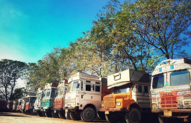 Indianin przewozi samochodem w ciężarowym zjednoczeniu ind obrazy stock