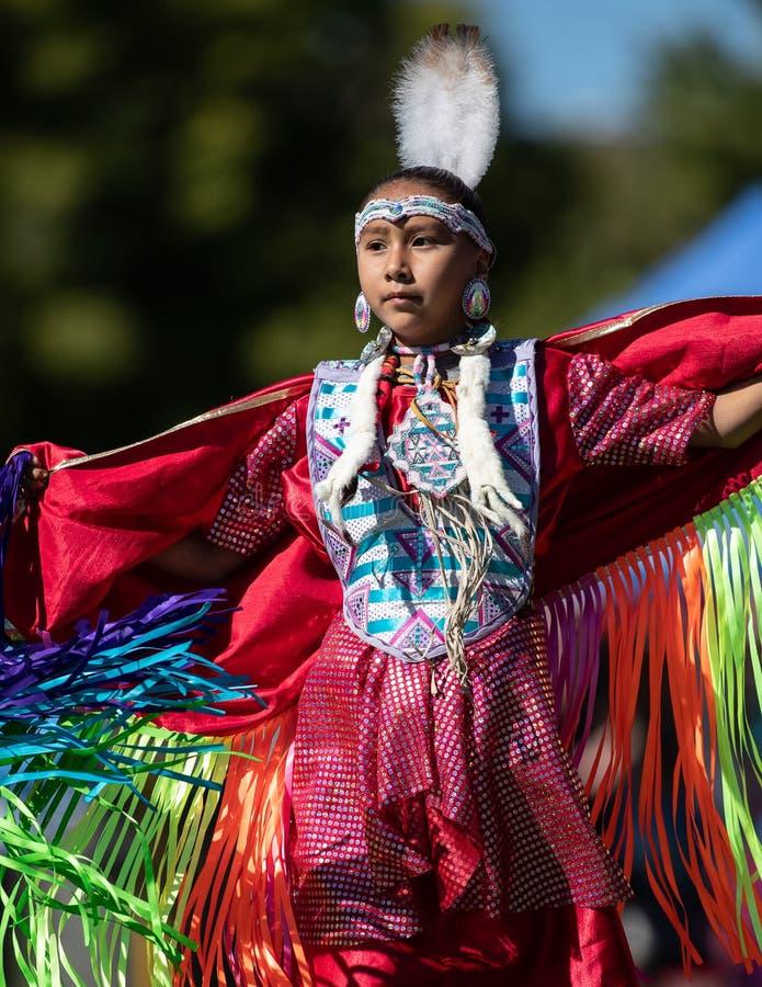 Indiankvinnadans arkivbilder