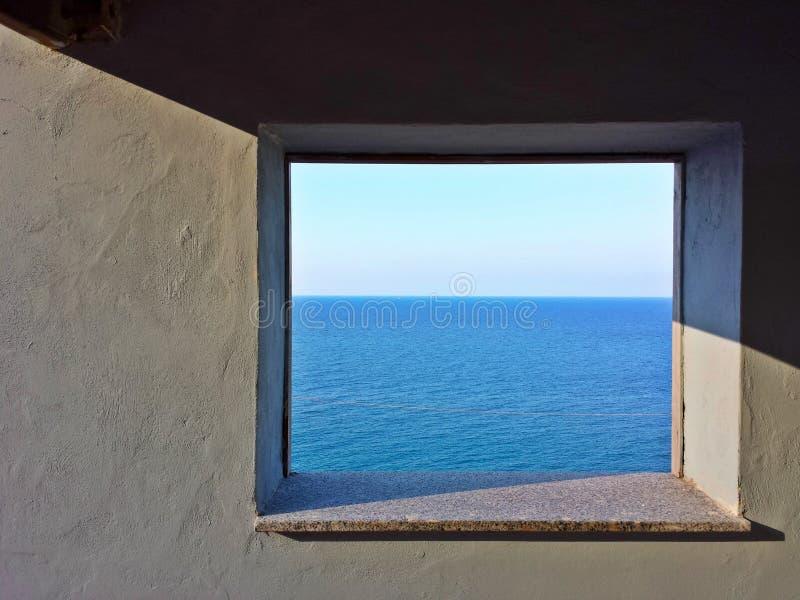 Indicador ao mar fotografia de stock