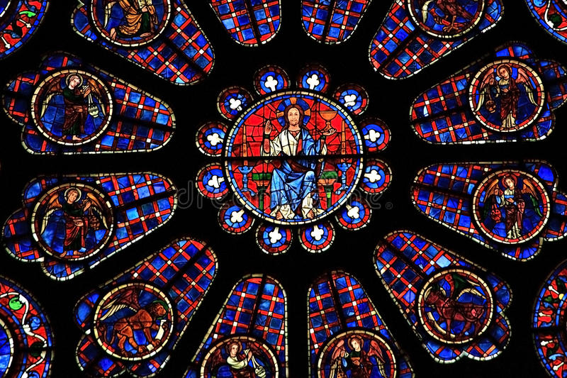 Indicador de vidro manchado, catedral de Chartres fotos de stock royalty free