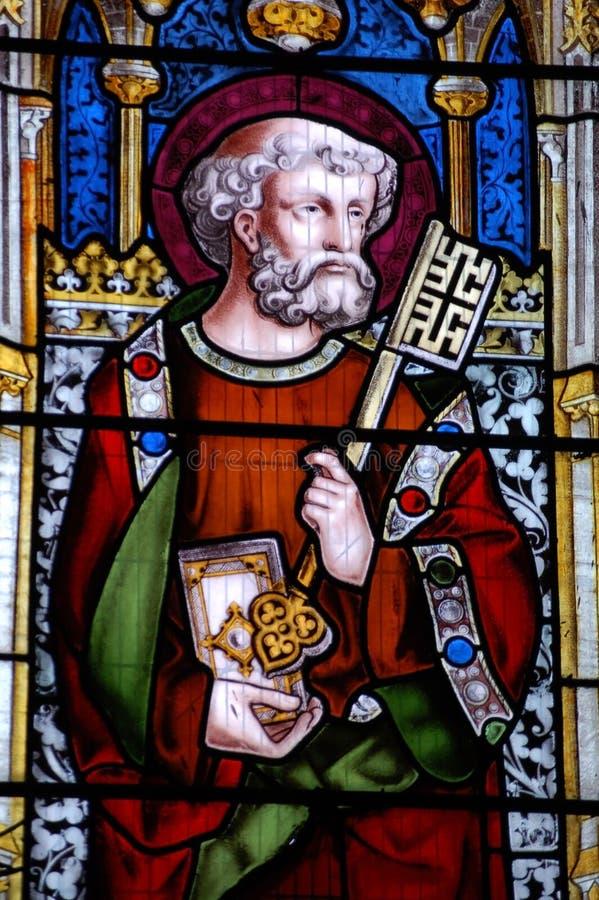 Indicador de vidro manchado de Peter de Saint foto de stock