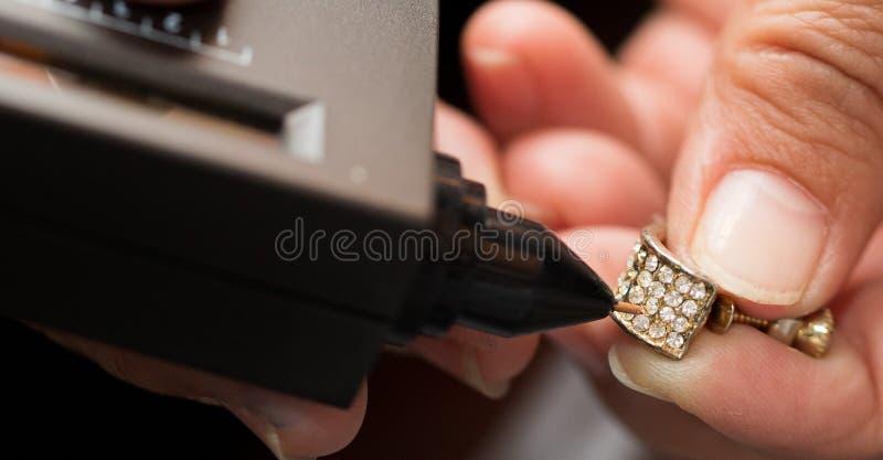 Indicador do diodo emissor de luz de Diamond Tester Gemstone Seletor Gem fotografia de stock
