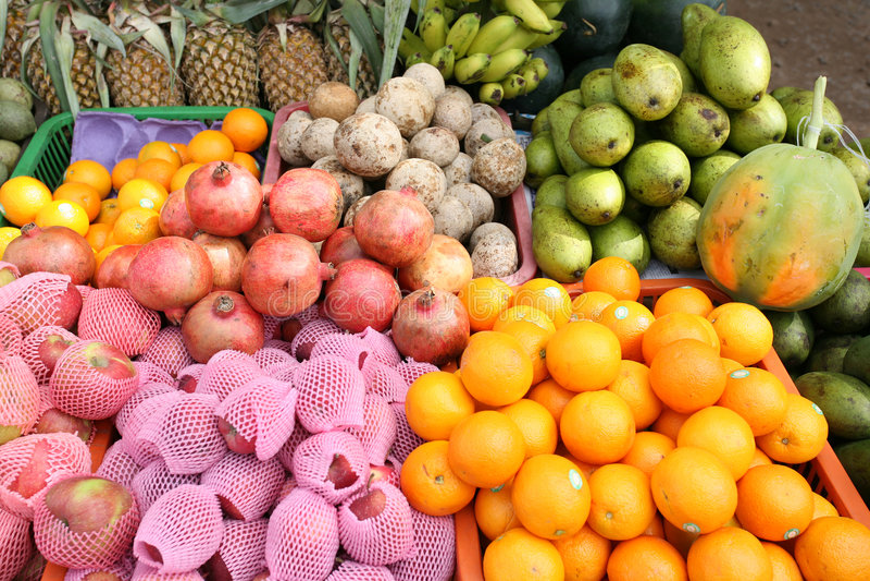 Indicador do vendedor da fruta foto de stock