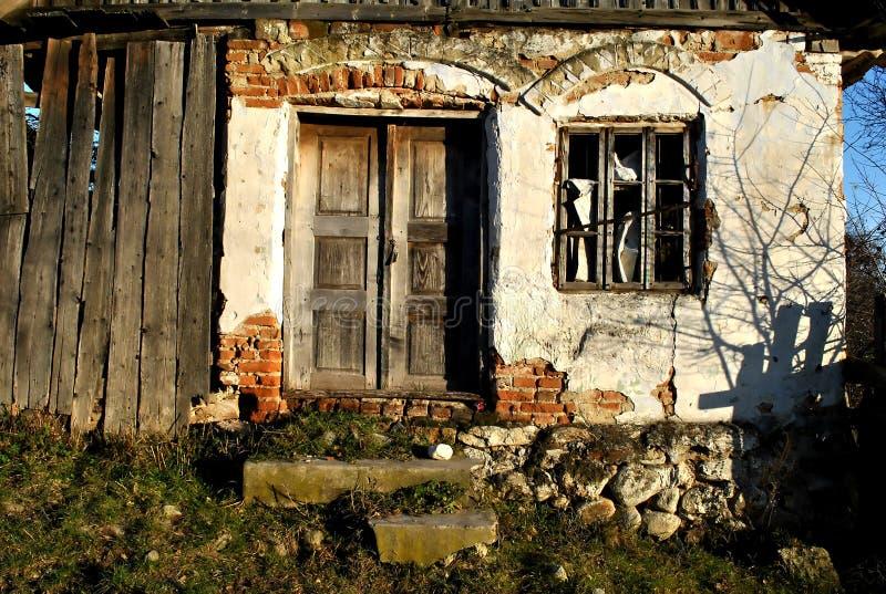 Indicador e porta velhos imagens de stock