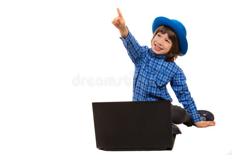 Indicare bambino esecutivo allegro fotografia stock