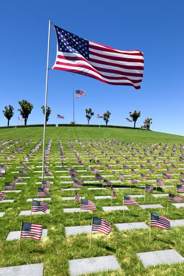 Indicateurs américains au cimetière national image libre de droits