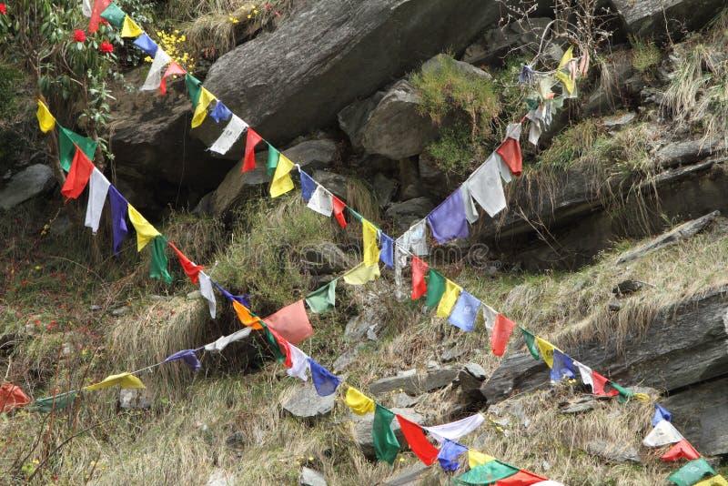 Indicateurs bouddhistes de prière photographie stock libre de droits