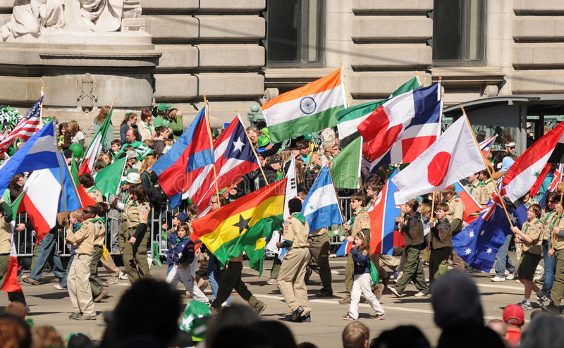 Indicateurs de défilé de rue Patricks images libres de droits