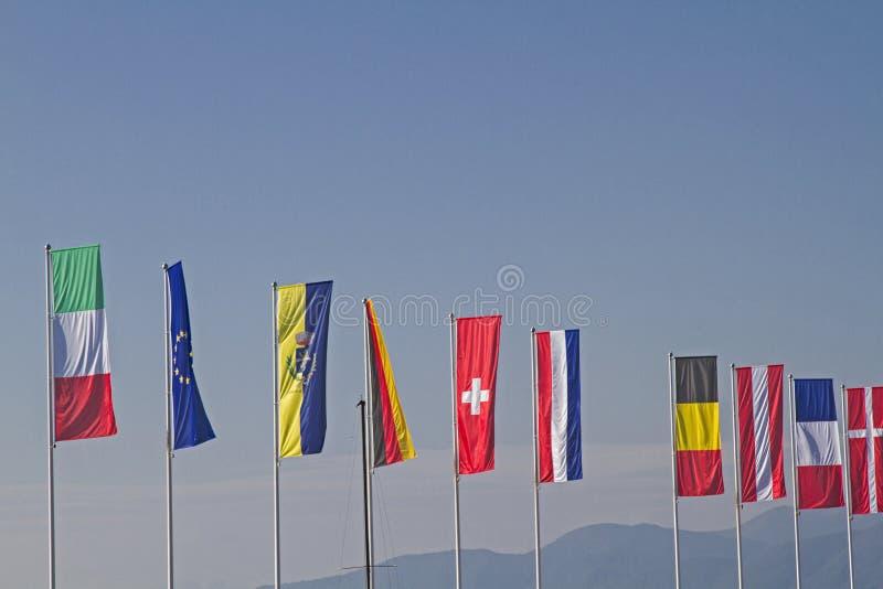 Indicateurs de différents pays photo libre de droits