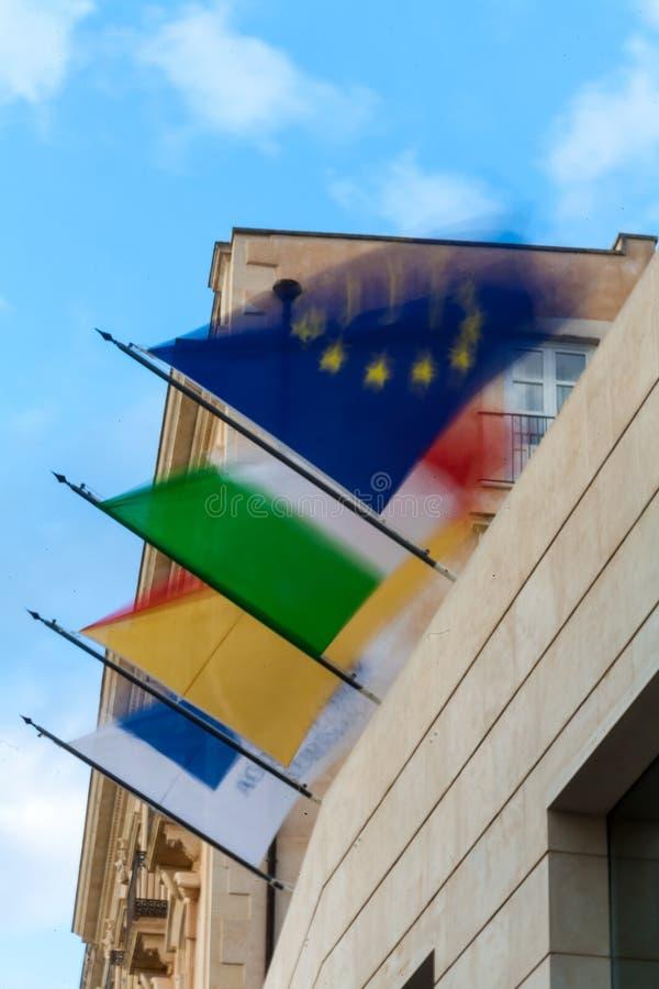 Indicateurs italiens et européens photographie stock