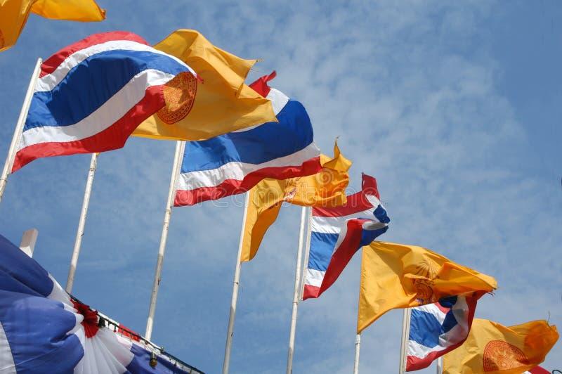 Indicateurs nationaux et royaux thaïs image libre de droits