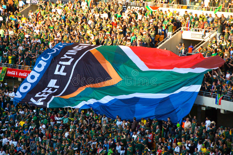 Indicateurs sud-africains à un jeu de rugby photos libres de droits