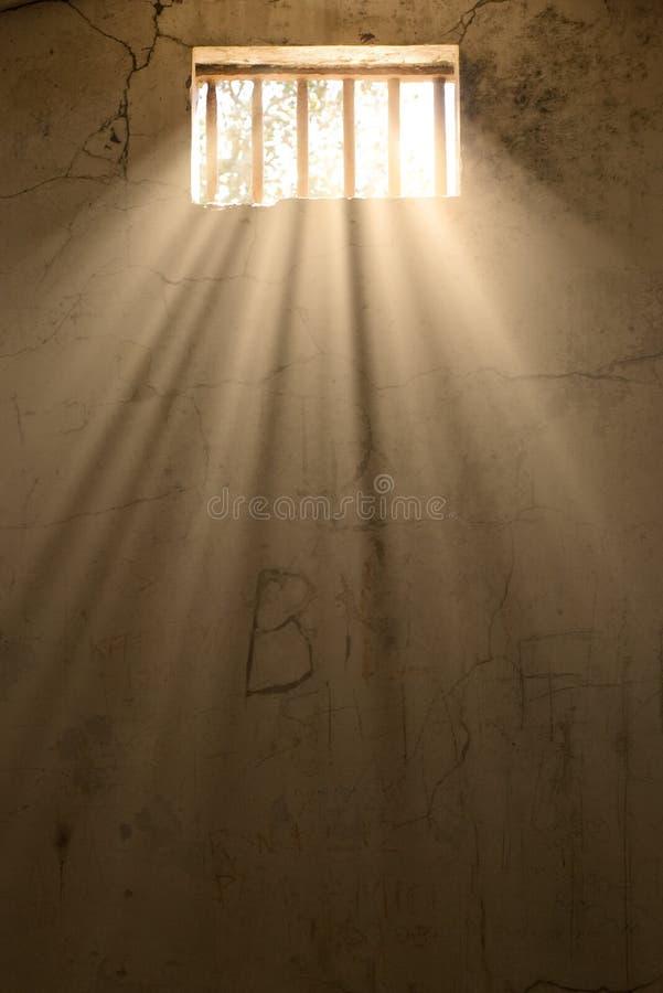 indicatore luminoso della prigione di speranza o di libertà royalty illustrazione gratis