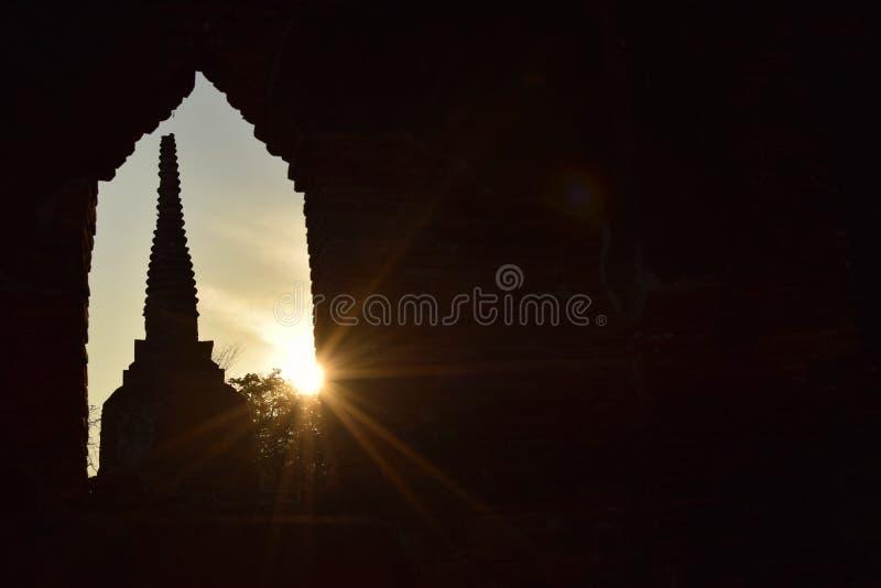 Indicatore luminoso ed ombra fotografia stock