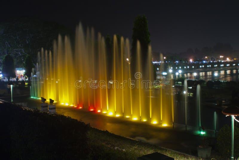 Indicatori luminosi 1 della fontana immagini stock
