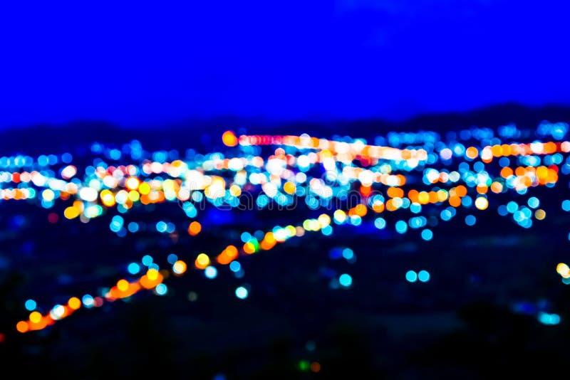 Indicatori luminosi alla notte fotografia stock libera da diritti
