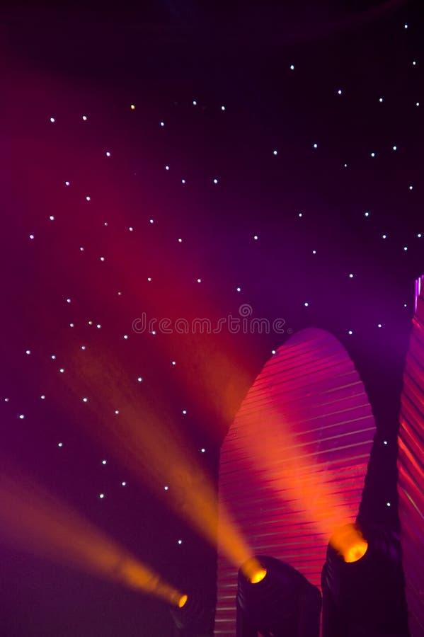Download Indicatori Luminosi Della Fase Fotografia Stock - Immagine di bello, apparecchiatura: 3884982