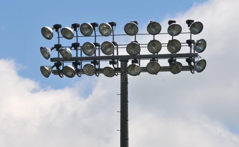 Indicatori luminosi di inondazione dello stadio fotografia stock