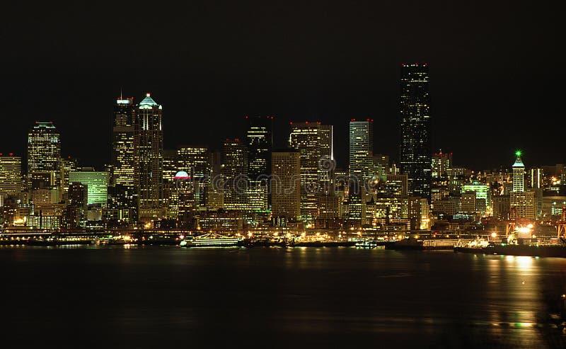 Indicatori luminosi di notte di Seattle immagini stock libere da diritti