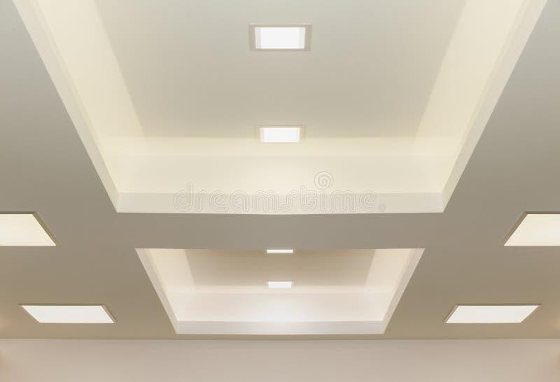Indicatori luminosi di soffitto moderni immagine stock libera da diritti