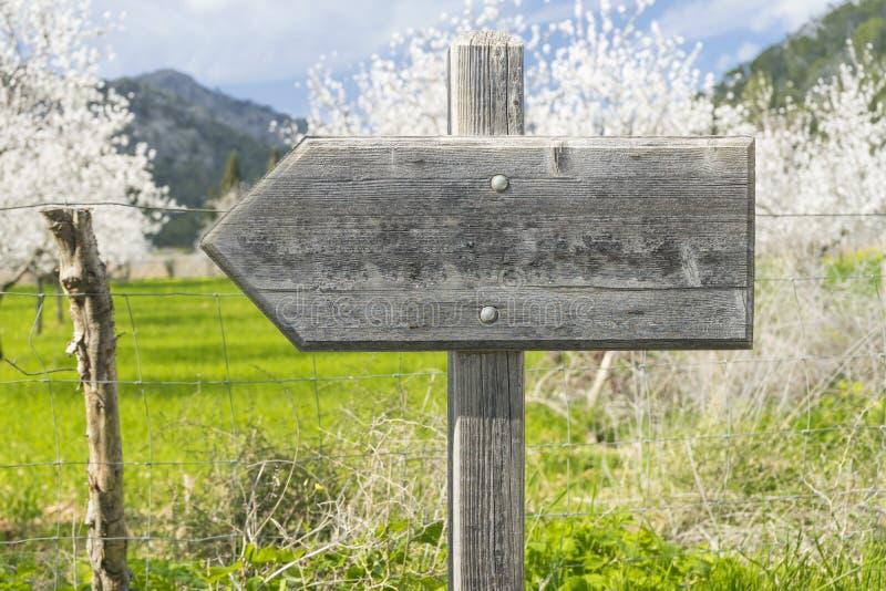 indicazione di legno del segno immagini stock