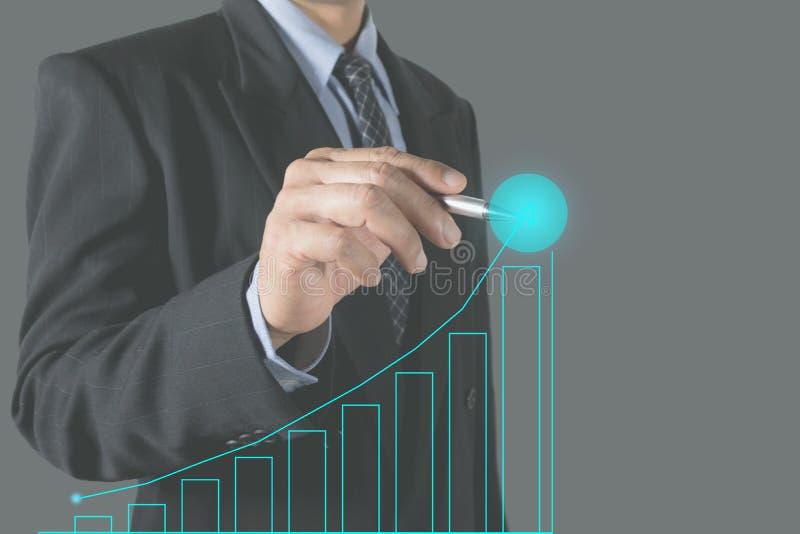 Indice crescente del mercato azionario di scrittura dell'uomo d'affari di doppia esposizione immagini stock