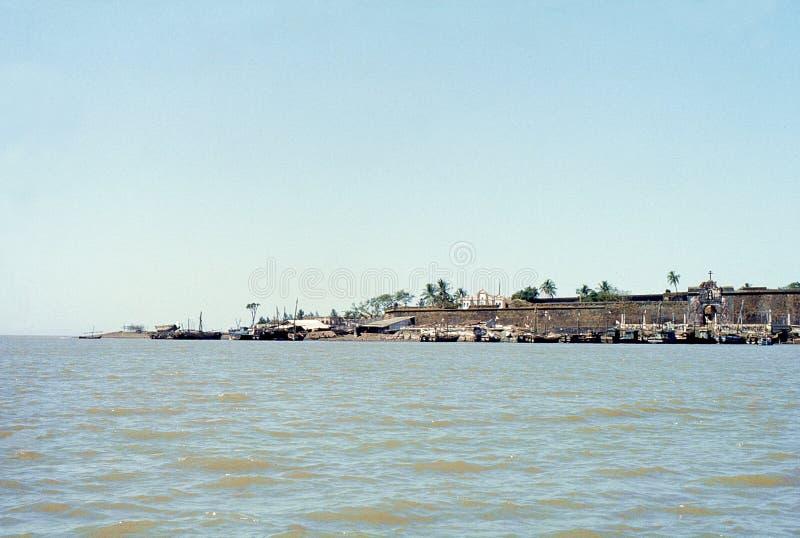 1977 Indien Das ehemalige portugiesische Fort von Daman stockfotografie