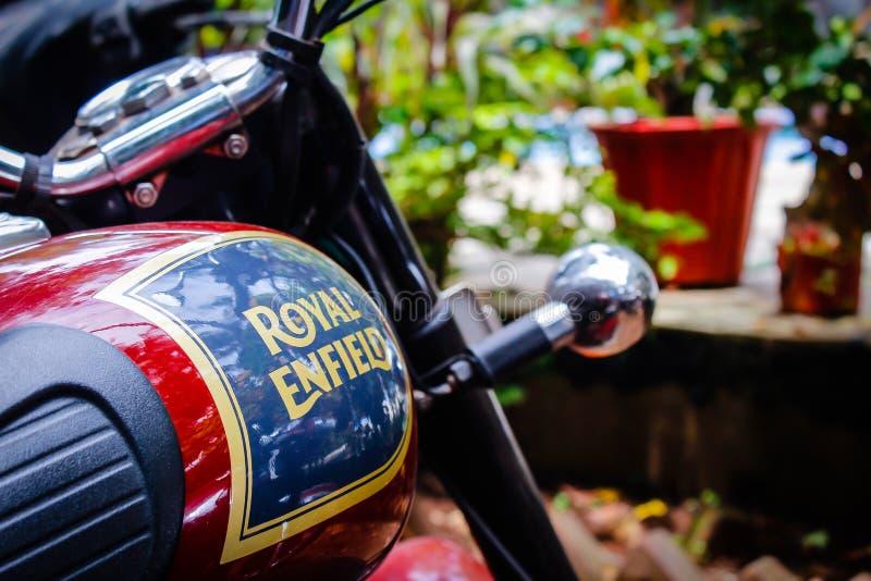"""Indien, Goa-†""""April - 2017 der Kraftstofftank des königlichen Enfield-Motorrades lizenzfreies stockbild"""
