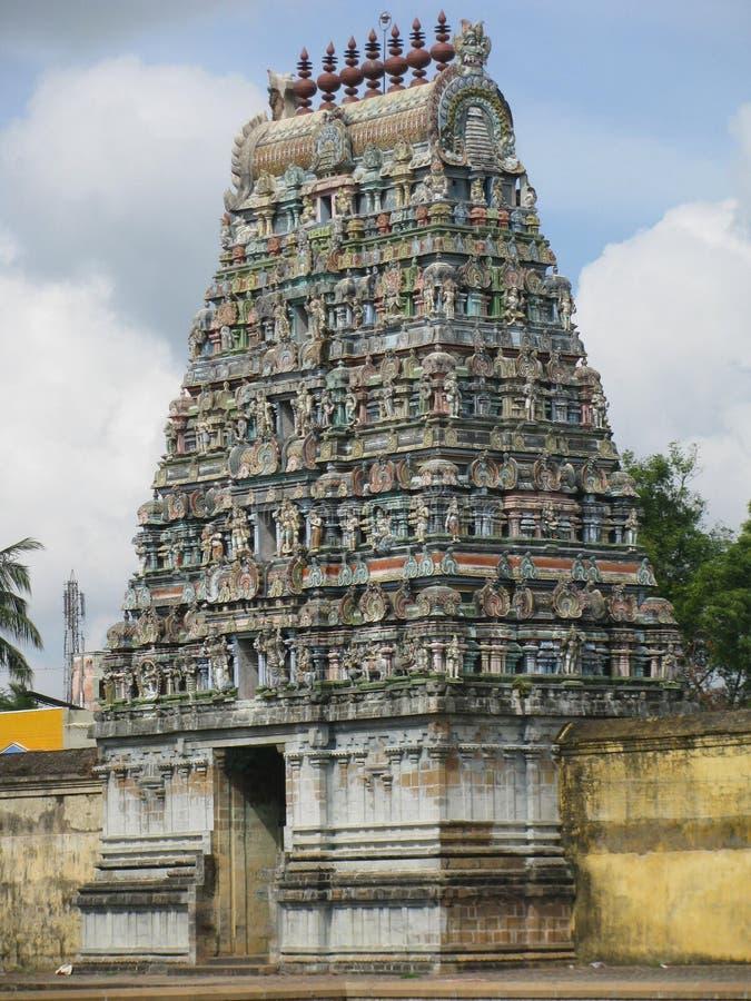 Indien Sirkazhi-temle Gopuram stockbilder