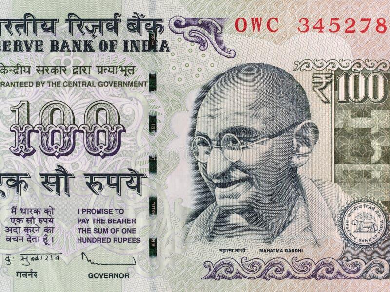 Indier 100 rupie sedel, Mahatma Gandhi, Indien pengarcloseup royaltyfri bild