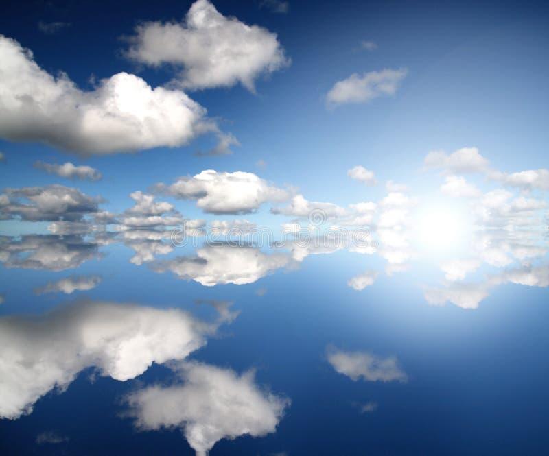 Indigo-Himmel stockbild