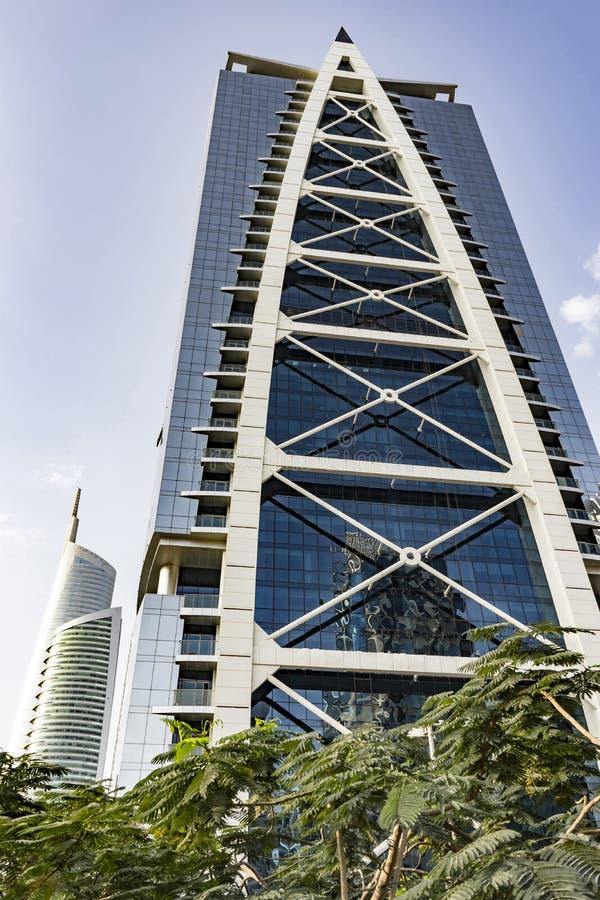 Indigoblå symbol, JLT, Dubai, emirater - December 2017 royaltyfria bilder