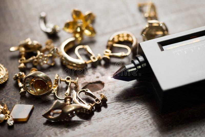 Indikator Diamond Tester Gemstone Selector Gems LED stockbilder