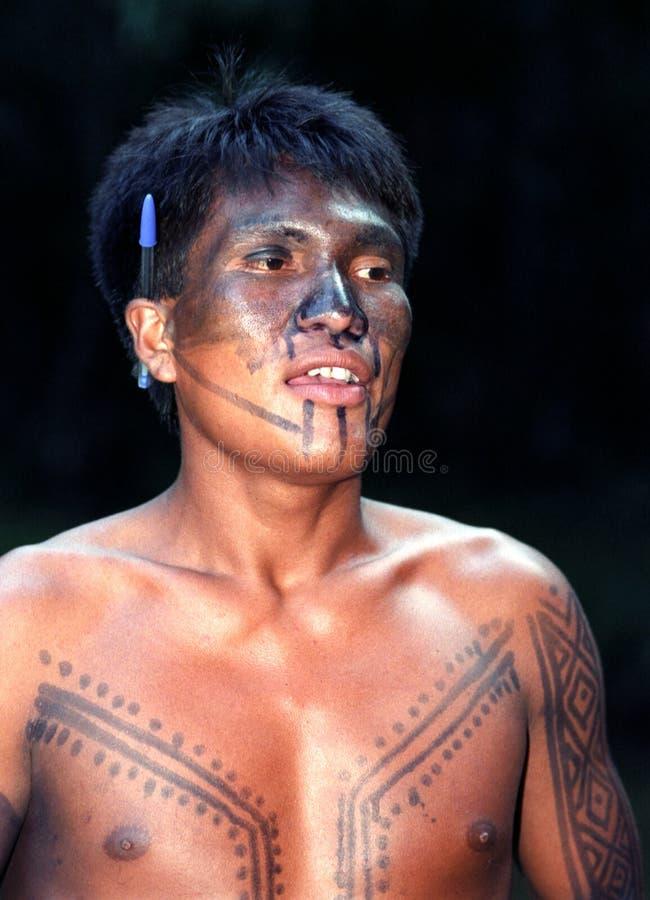 Indio nativo joven del Brasil fotografía de archivo libre de regalías