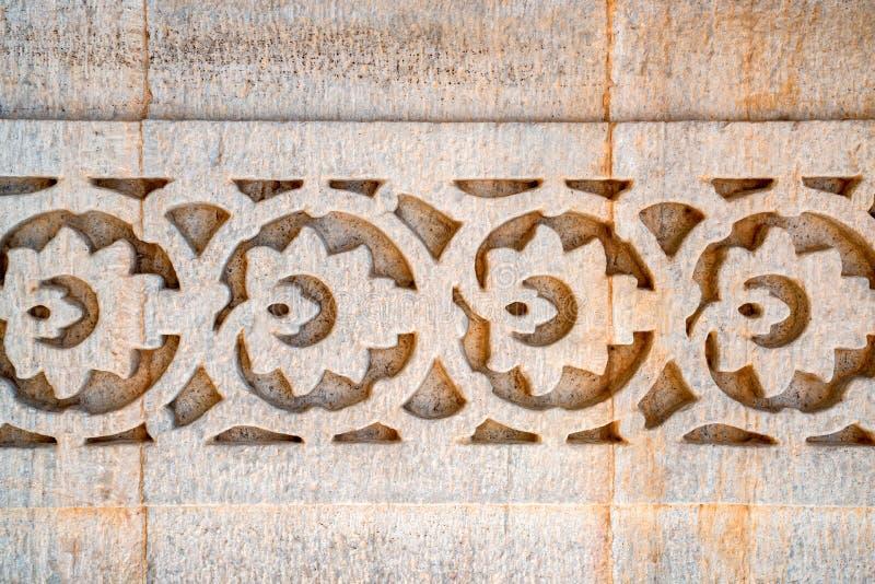 Indisch die muurpatroon in steen wordt gesneden royalty-vrije stock afbeelding