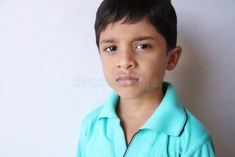 Indisch Droevig Little Boy stock afbeelding