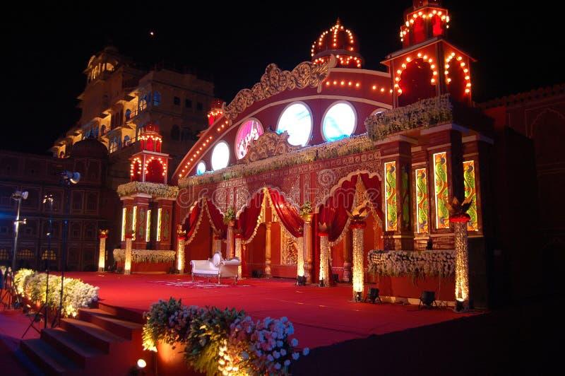 Indisch huwelijksstadium mandap royalty-vrije stock afbeeldingen
