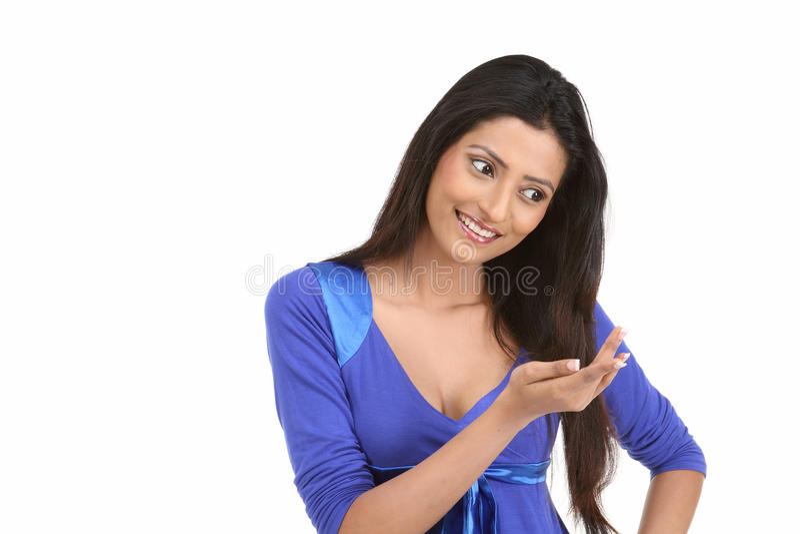 Indisch meisje met lang haar stock foto's